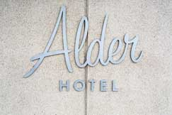 About Alton Hotel Uptown